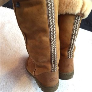 Emu outback tall boots